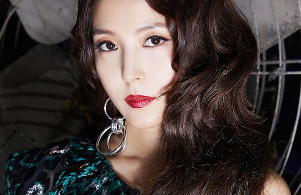 아시아 No.1 뮤지션 보아, 'SMTOWN' 콘서트에서 'CAMO' 무대 최초 공개!